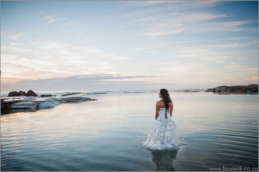 Cape-Town-wedding-Photographer-Lauren-Kriedemann-trash-the-dress-Campsbay-AJ032
